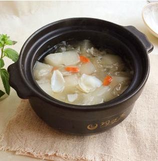 冬天干燥,多吃这三种白色食物!