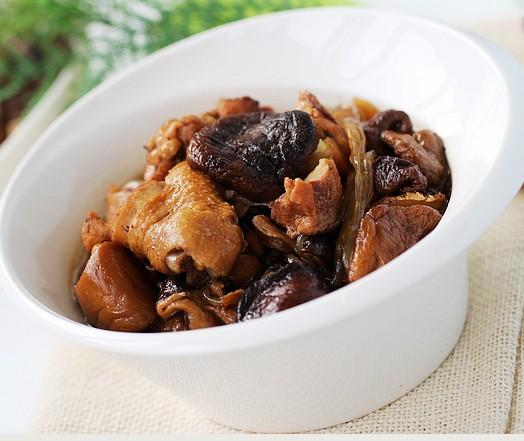 香菇燉仔雞